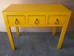 Cottage accent table